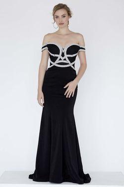 Style 18004 Jolene Black Size 14 Prom Mermaid Dress on Queenly