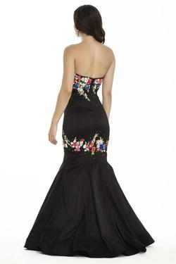 Style 17082 Jolene Black Size 10 Sweetheart Tall Height Mermaid Dress on Queenly