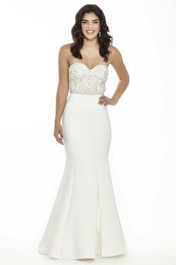 Style 17094 Jolene White Size 4 Sweetheart Sorority Formal Tall Height Mermaid Dress on Queenly