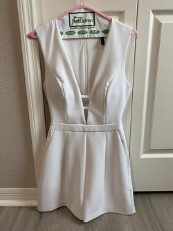 BCBGMaxAzria White Size 2 Graduation Nightclub Jumpsuit Dress on Queenly