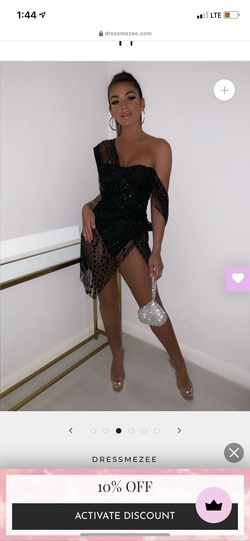 DRESSMEZZE Black Size 2 Nightclub Side slit Dress on Queenly
