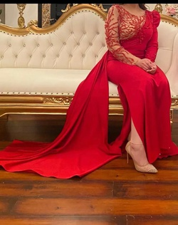 Red Size 10 Side slit Dress on Queenly