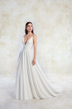 Style 1253 Italia Eddy K White Size 14 A-line Dress on Queenly