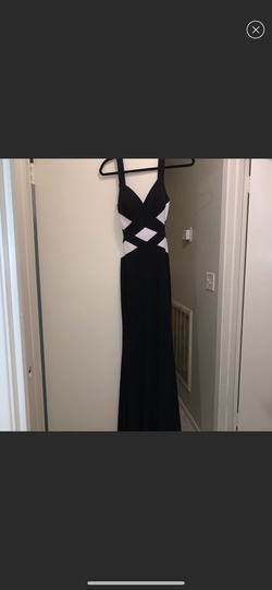 Faviana Black Size 0 Sorority Formal Wedding Guest Straight Dress on Queenly