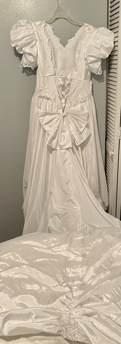 White Size 10 A-line Dress on Queenly