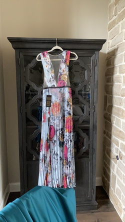 Bebe Multicolor Size 6 Mini Sorority Formal Wedding Guest A-line Dress on Queenly