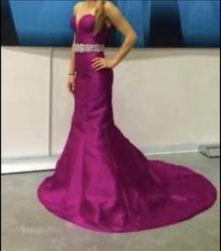 Jovani Pink Size 2 Custom Mermaid Dress on Queenly