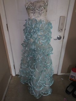 Macduggal White Size 00 Fun Fashion Overskirt Cocktail Dress on Queenly