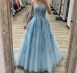 Blue Size 00 Ball gown on Queenly