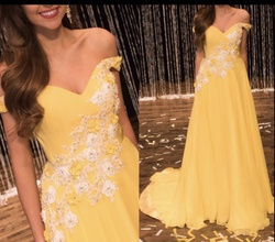 Yellow Size 0 Train Dress on Queenly