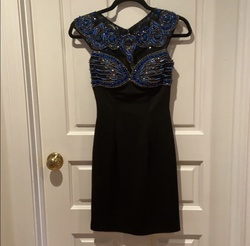Sherri Hill Black Size 0 Mini Cocktail Dress on Queenly