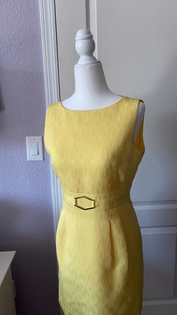 Tahari Yellow Size 4 Pageant Wedding Guest Straight Dress on Queenly