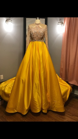 Ashley Lauren Couture Yellow Size 2 Ball Gown Pageant Train Dress on Queenly