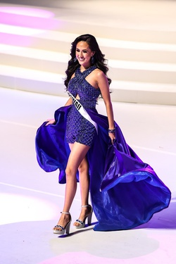 Rachel Allan Blue Size 00 Cape Train Dress on Queenly