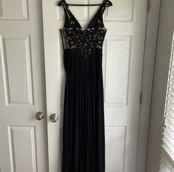 Sherri Hill Black Size 2 Ball gown on Queenly