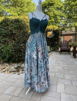 Colette Mon Cheri Green Size 10 Prom A-line Dress on Queenly