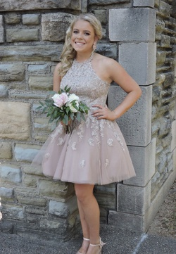 Sherri Hill Pink Size 4 Wedding Guest Rose Gold Halter Ball gown on Queenly