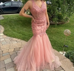 Lets Pink Size 4 Prom Mermaid Dress on Queenly
