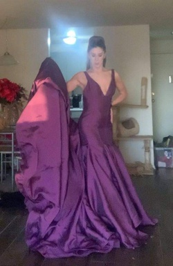 Mac Duggal Purple Size 4 Train Dress on Queenly