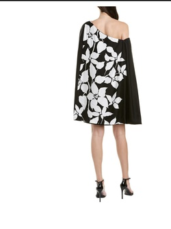 Trina Turk White Size 2 Cape Straight Dress on Queenly