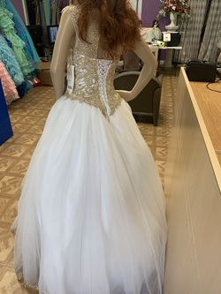 Fiestas gown by House of Wu White Size 4 Gold Quinceanera Ball gown on Queenly