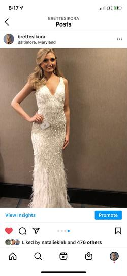 Sherri Hill White Size 4 A-line Dress on Queenly