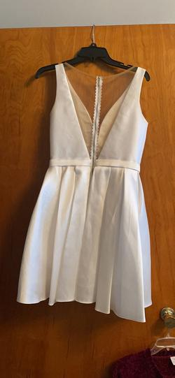 Sherri Hill White Size 8 Jersey Cocktail Dress on Queenly