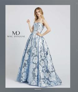 Mac Duggal Blue Size 0 Train Ball gown on Queenly
