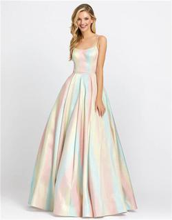 Style 26182 Mac Duggal Multicolor Size 2 Tall Height Ball gown on Queenly