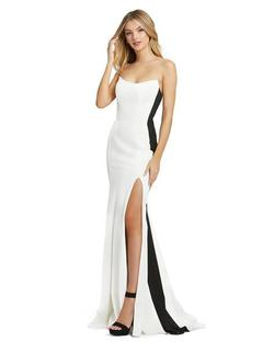 Style 49003 Mac Duggal White Size 6 Tall Height Side slit Dress on Queenly