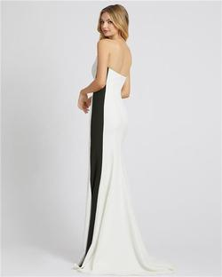 Style 49003 Mac Duggal White Size 8 Tall Height Side slit Dress on Queenly
