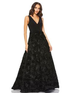 Style 67212 Mac Duggal Black Size 2 Prom Plunge Ball gown on Queenly
