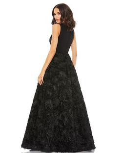 Style 67212 Mac Duggal Black Size 14 Prom Plunge Ball gown on Queenly