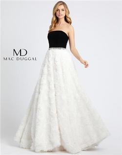 Style 67684 Mac Duggal White Size 14 Plus Size Tall Height Ball gown on Queenly
