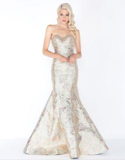 Style 2015 Mac Duggal Gold Size 6 Pageant Tall Height Mermaid Dress on Queenly
