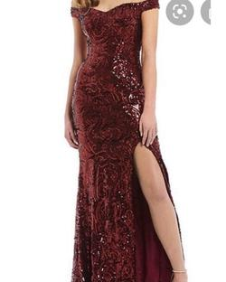 Red Size 0 Side slit Dress on Queenly
