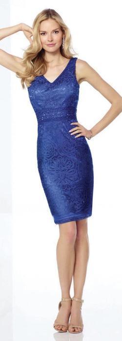 Mon Cheri Blue Size 8 V Neck Cocktail Dress on Queenly