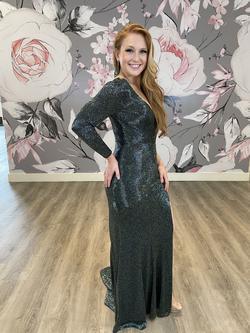 Ashley Lauren Multicolor Size 6 Green Long Sleeve Custom Side slit Dress on Queenly