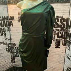 Donna Morgan Green Size 12 Mini Cocktail Dress on Queenly