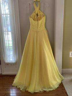 Jovani Yellow Size 2 Prom Pageant Ball gown on Queenly