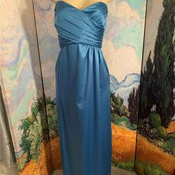 Amsale Blue Size 10 Ball gown on Queenly
