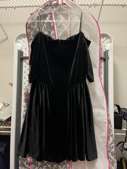 Johnathan Kayne Black Size 14 Wedding Guest Cocktail Dress on Queenly