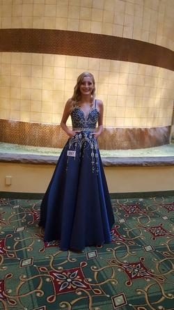 Tiffany Designs Blue Size 2 Prom Pageant A-line Dress on Queenly
