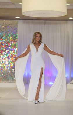 Jovani White Size 0 Train Plunge Pageant Custom Mermaid Dress on Queenly