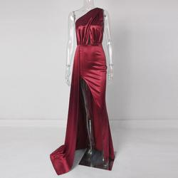 Red Size 6 Side slit Dress on Queenly