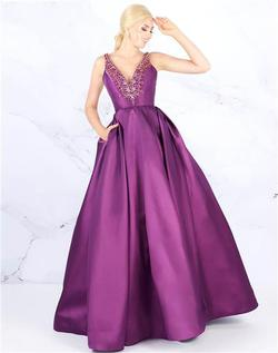 Style 40903 Mac Duggal Purple Size 16 Pageant Silk Ball gown on Queenly
