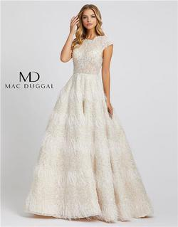 Style 11132 Mac Duggal White Size 10 Prom Ivory Ball gown on Queenly