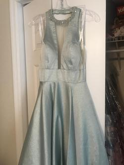 Studio 17 Light Green Size 0 Prom Ball gown on Queenly
