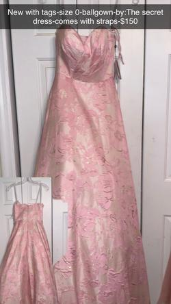 Alyce Pink Size 0 Ball gown on Queenly