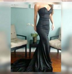 Portia & Scarlett Black Size 0 Side Slit Mermaid Dress on Queenly